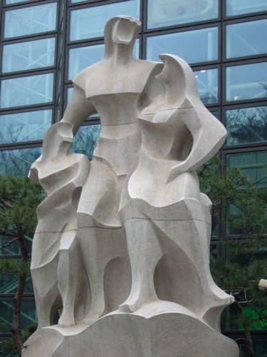 外国編 ソウルのまちを彩る彫刻(その1)